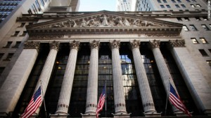nyse-exterior-story-top